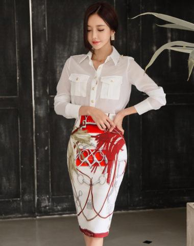 SU0027 : Áo sơ mi voan hai túi cổ bẻ và Chân váy bút chì hoa văn Hàn Quốc