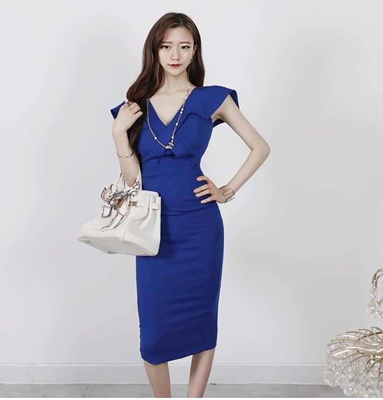 D1851 : Đầm ôm Hàn Quốc cổ chữ V chéo tay vớt