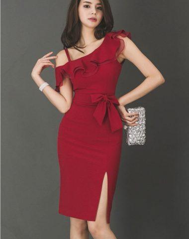 D1853 : Đầm ôm Hàn Quốc cổ viền bèo hở vai lệch chân váy xẻ đùi