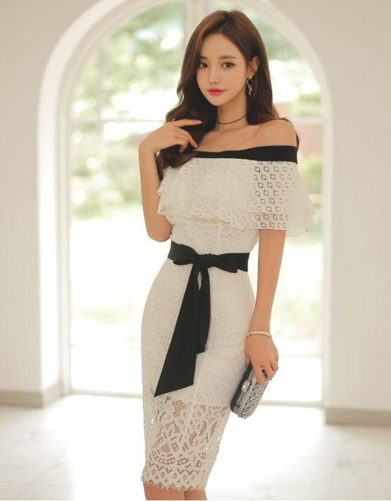 D1868 : Đầm ren ôm Hàn Quốc cổ bèo tầng hở vai thắt eo