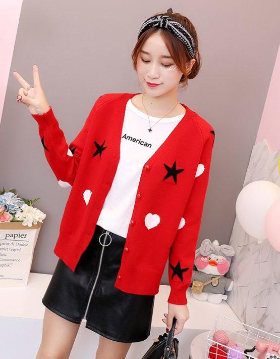 K1834 : Áo khoác len dệt kim in ngôi sao và trái tim cổ chữ V cài nút