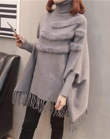 AL1838 : Áo len cổ lọ gập tay cánh dơi phối viền lông và tua áo