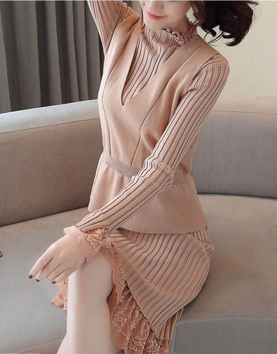 DL1835 : Set đầm len dệt kim phối ren + áo len sát nách ngoài