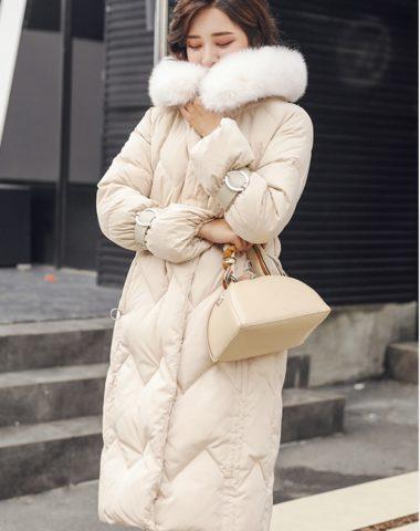 K1899 : Áo khoác phao lông vũ thân dài eo mũ lông thú