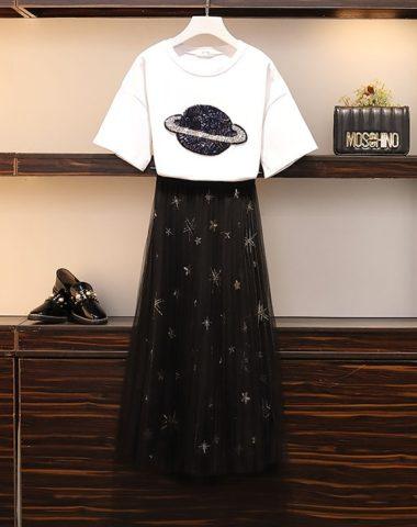 D1917 : Áo thun đính hạt quả cầu + Chân váy ren sao