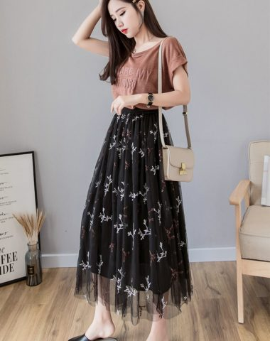 CV1934 : Chân váy ren lưới xòe công chúa thêu hoa