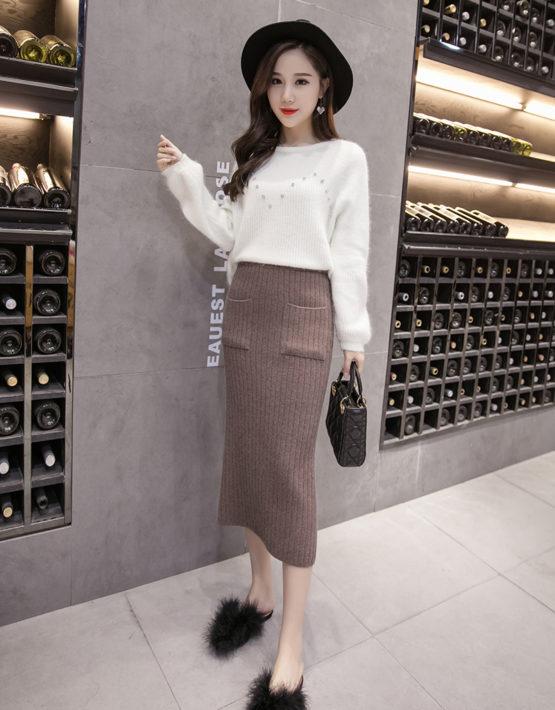 CL1903 : Chân váy len dệt kim dài xẻ sau 2 túi