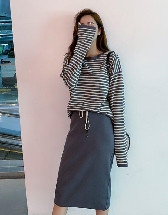 DL1907 : Set bộ váy len dệt kim áo sọc kẻ