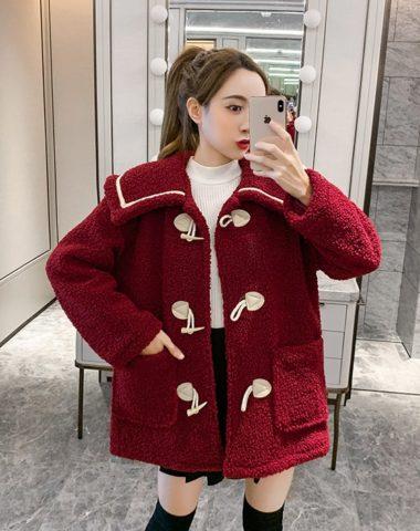 K1976 : Áo khoác lông cừu cổ bẻ nút gỗ cài ngang