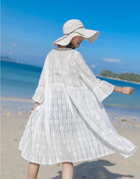 AC203 : Áo choàng ren đi biển dài hoa đào tay loe
