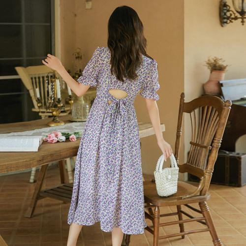 D214 : Váy voan hoa nhí HQ cổ chữ V thắt dây hở lưng