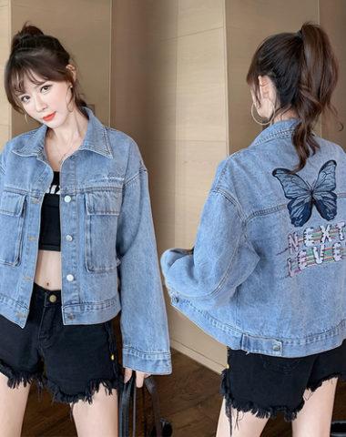 K212 : Áo khoác Jean HQ 2 túi to thêu bướm sau lưng