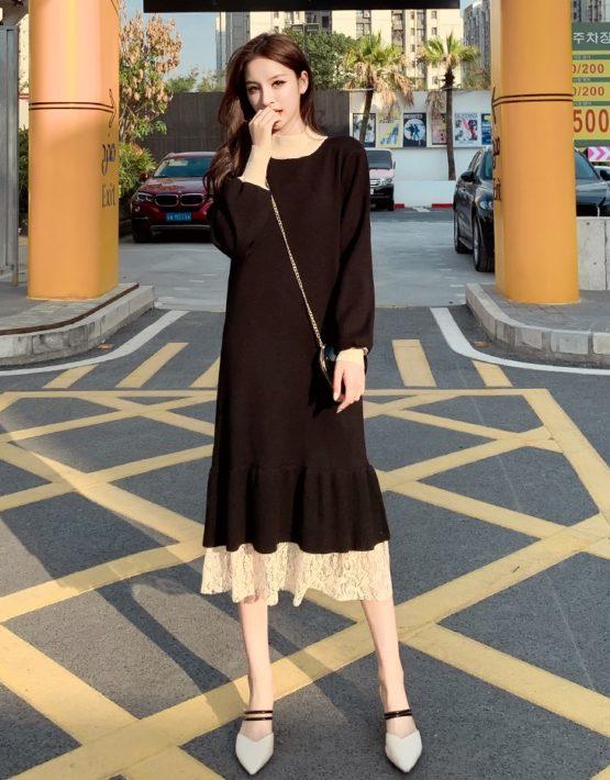 DL201 : Đầm len dáng suông cổ cao phối ren xòe chân váy