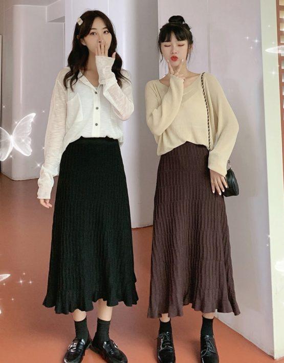 CV207 : Chân váy len dệt kim xòe xếp ly