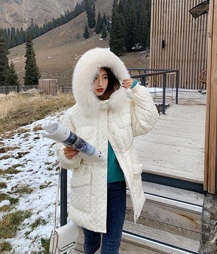 K238 : Áo khoác phao lông vũ trần trám kim cương mũ lông thú cao cấp